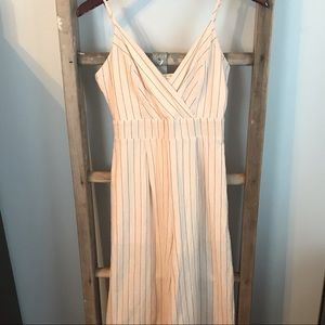 Altar'd State Linen Romper, used no flaws, S